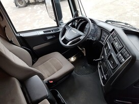 STRALIS AS440S46 T/P Фото #9